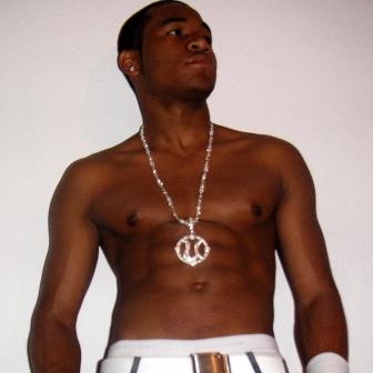 An-Usher-Lookalike
